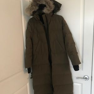 Canada goose long green coat